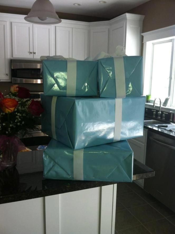 Super-sized Tiffany boxes!